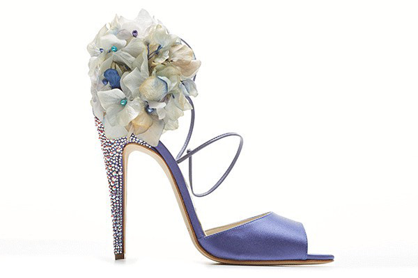 embedded_Brian_Atwood_2013_Bridal_Collection__(1)