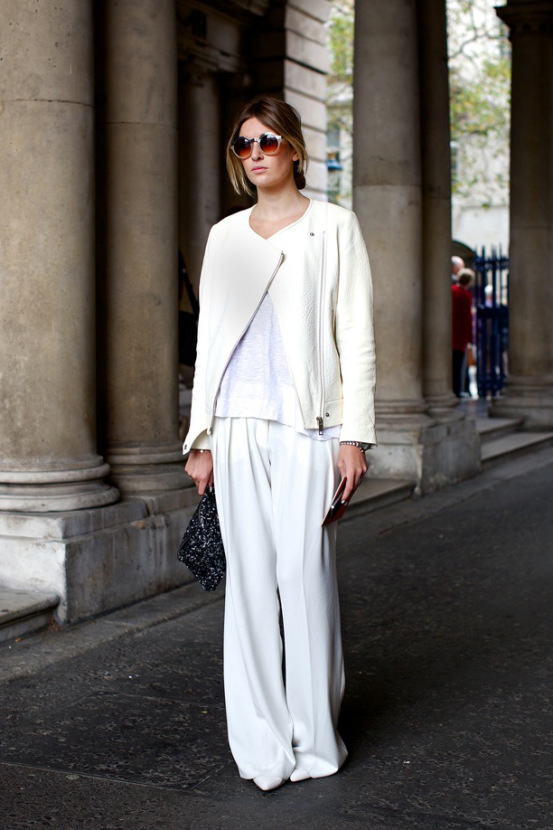 lfw-london-fashion-week-streetstyle-ss-spring-summer-2013-fall-whites-all-white-look-moto-jacket-white-tee-tshirt-wide-leg-pants-clutch-round-sunglasses-minimal-chic-simple-watch-via-vog
