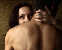 Tahy penisem, které muže nejvíce iritují